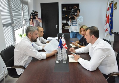 Public Defender Meets with Former Director General of Rustavi 2