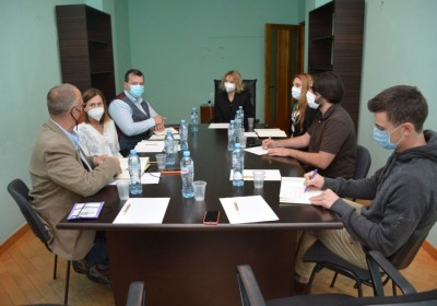 Meeting with International Analysts on Election Issues