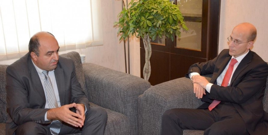 Meeting with Representatives of Germany's Ministry of Foreign Affairs