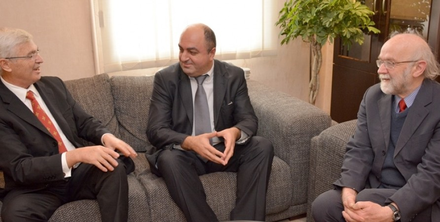 Public Defender Meets with Former President of Albania and Representatives of Club of Madrid